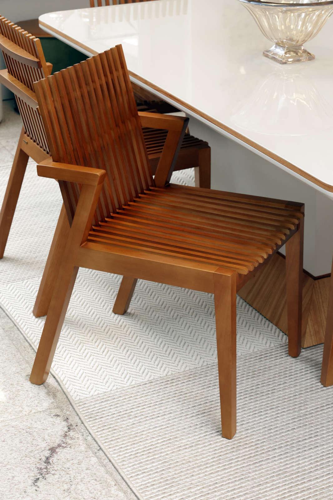 Cadeira Liu Noce