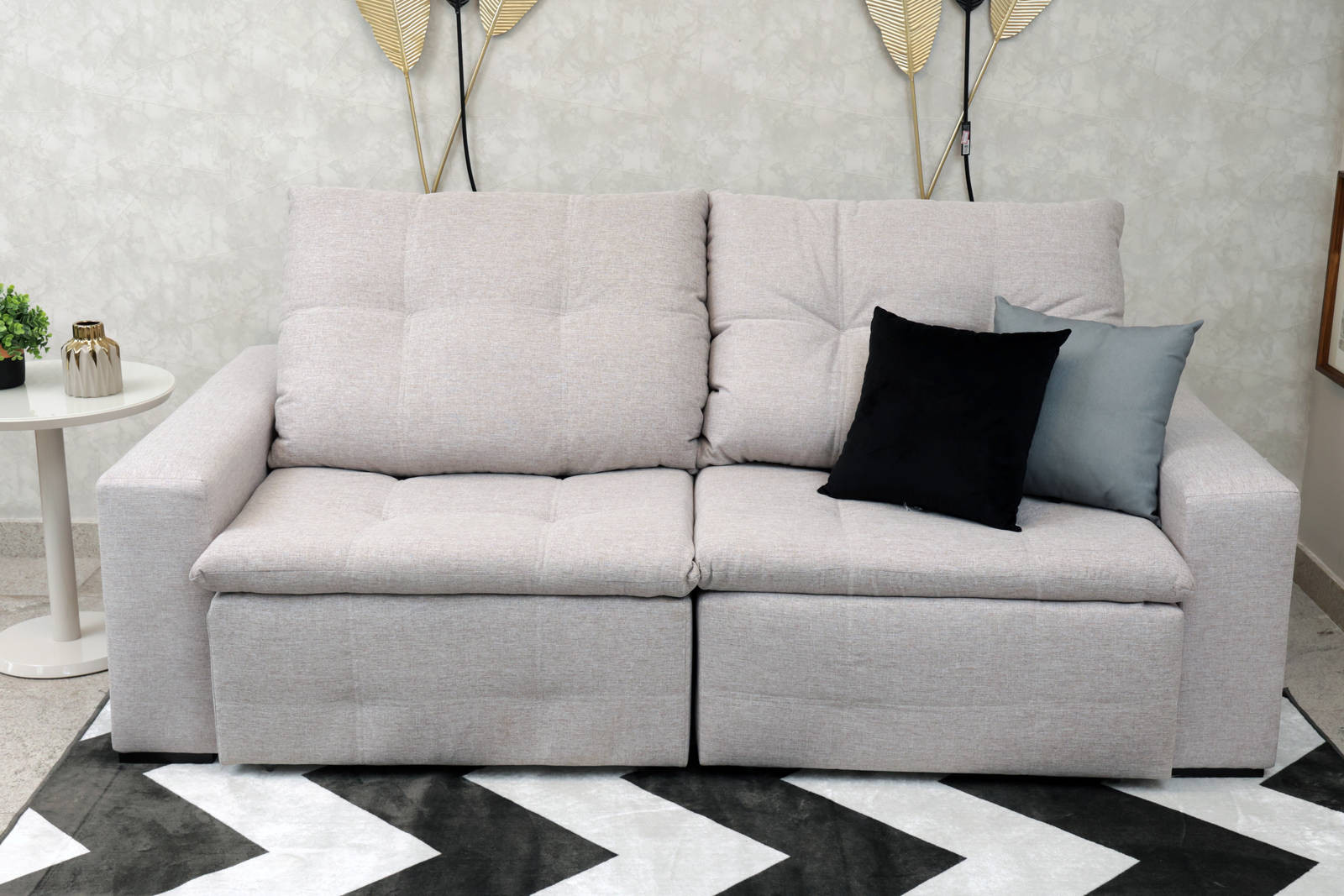 Sofá Retrátil e reclinável 2,23Mts Cobe