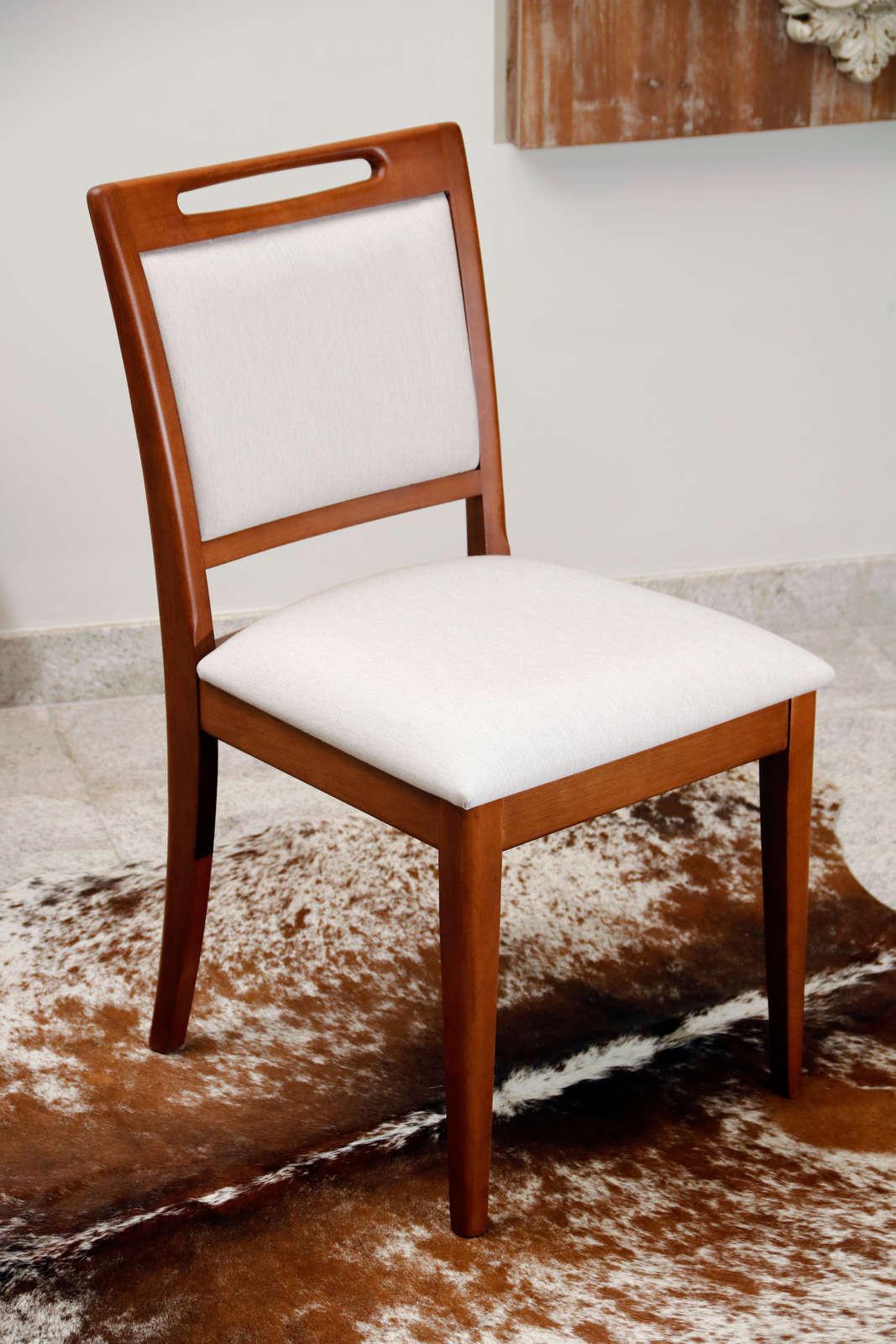 Cadeira Estofada Castanho
