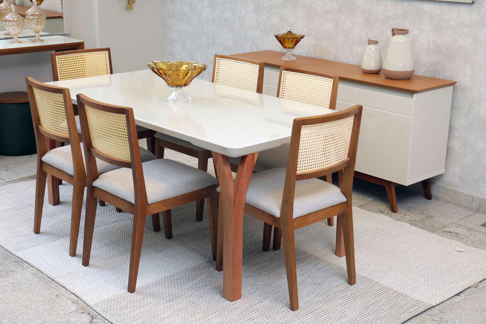 Mesa de Jantar Berlim com Cadeiras Pilar