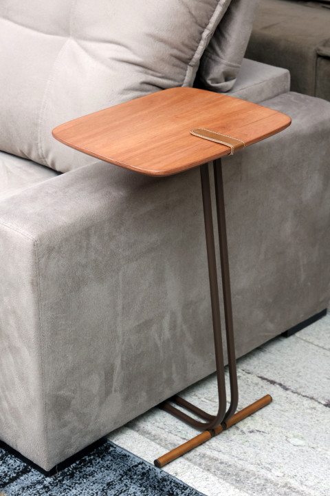 Mesa de Apoio Larflex Soft Couro/Cinamomo