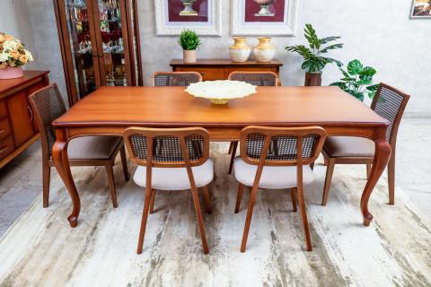 Mesa de Jantar Cordoba com 4 Cadeiras Floripa e 2 Cadeiras Prisma