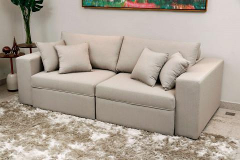 Sofá retrátil e reclinável 2,40Mts com molas no assento e 4 almofadas