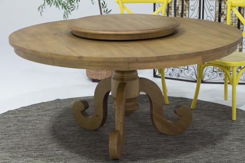 Mesa de varanda em madeira maciça